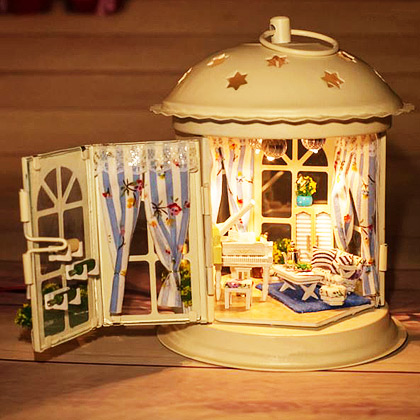 ���� ǰ��, HAPPY MINI HOUSE