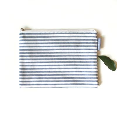 Navy stripe 파우치
