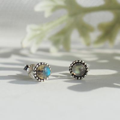 래브라도라이트 콩알 귀걸이 labradolite bean earring