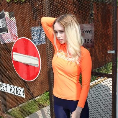 [MEGAPHONE] Aileen women Rashguard - Orange