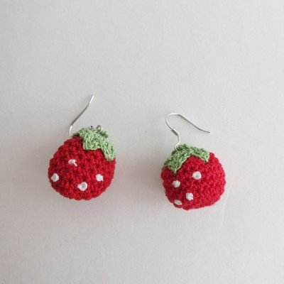 [라렌트리]딸기귀걸이