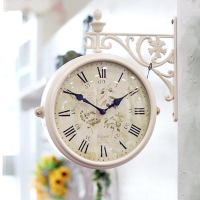 화이트 허브 양면시계