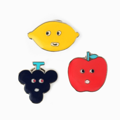 [AIUEO] Fruits Pin Badge