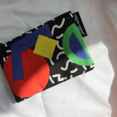 memphis black pouch