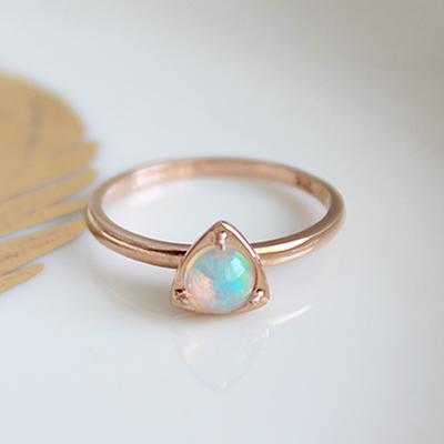 오팔 삼각 반지(10월탄생석)opal triangle ring