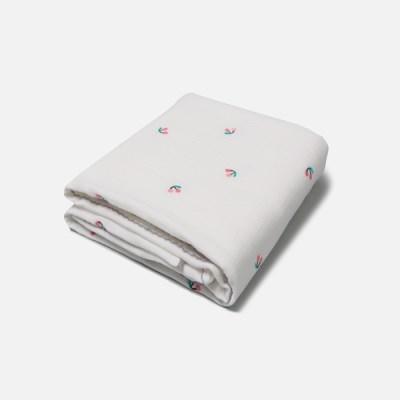 [룰라바이] Cherry White Gauze Blanket 체리화이트 거즈 담요