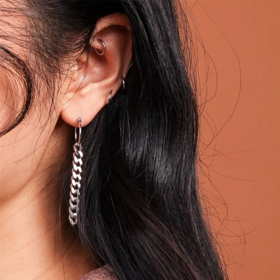 SIMPLE CHAIN EARRING