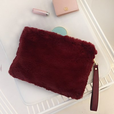 Fur Clutch Wine