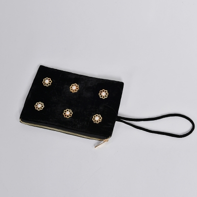 [hand me down/핸드미다운] Romantic Flower Pearls Velvet Pouch