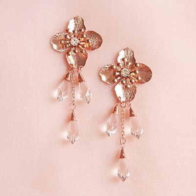 [하우즈쉬나우] Daisy Flower Drop Earrings
