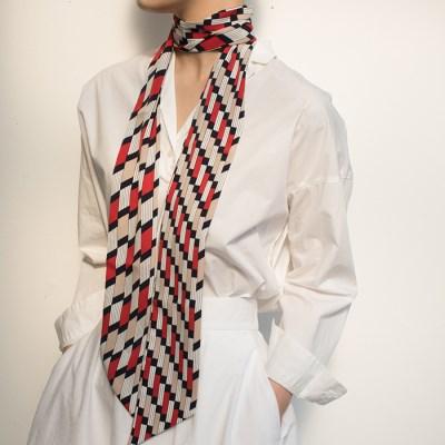 floor tie scarf scarf