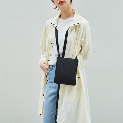 LIGHT PACKABLE OUTER (Ivory)