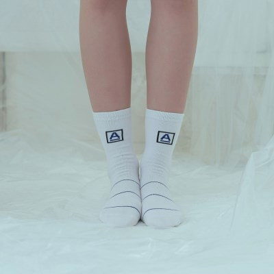 [어나더프레임]A-FRAME BLUE LINE SOCKS (WHITE)_(812607)