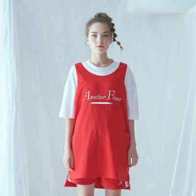 [어나더프레임] BASIC LOGO POCKET SLEEVELESS (RED)_(841627)