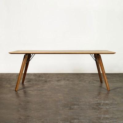 D8 테오 다이닝 테이블