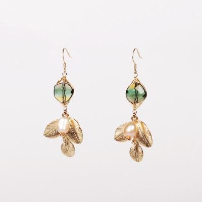 greeny quartz flower earring