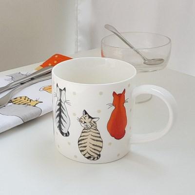 [울스터위버스] 캣츠인웨이팅(Cats in waiting) 머그 컵