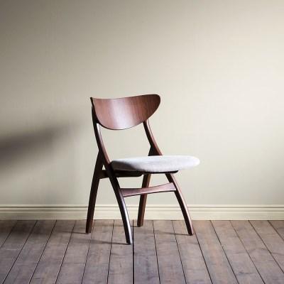 [리퍼브] 쿠르보 04 의자(기본 패브릭 방석)