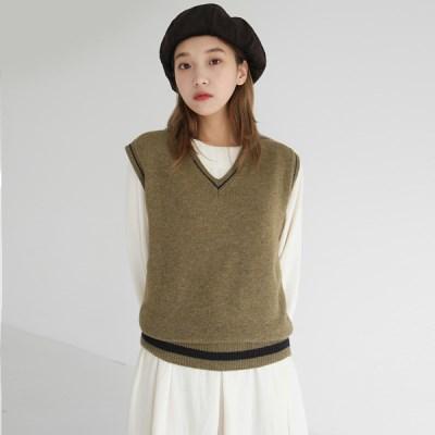 Retro line knit vest