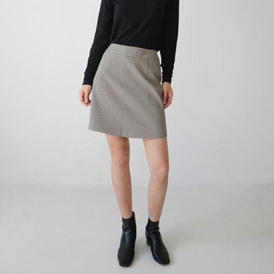 Subdued check mini skirt