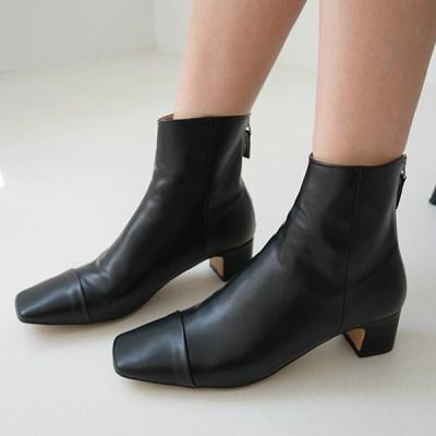 Square toe slim boots