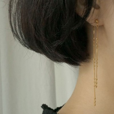 Layered 3 ball fall chain earring