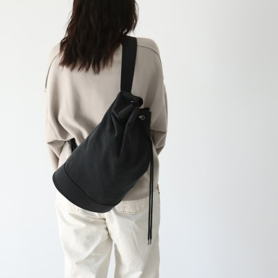 monochrome shoulder bag _ black
