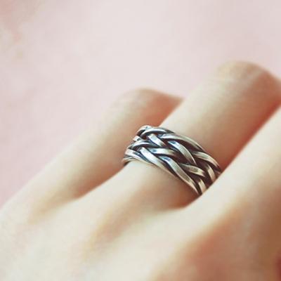 [하우즈쉬나우] 엔틱 트위스트 Silver Knit Ring (FREE SIZE)