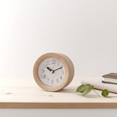 [Banana]바닐라 원형 비치우드 무소음 알람시계 탁상시계