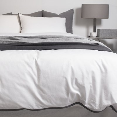 Dark Lining White Bedding Set _D/Q