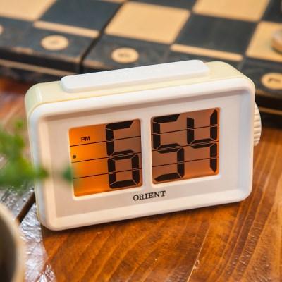 오리엔트 OT1561Y 플립형 스누즈알람 디지털시계 옐로우 OT1561