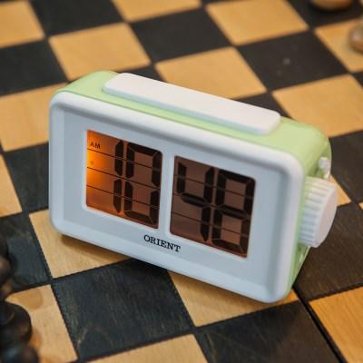 오리엔트 OT1561G 플립형 스누즈알람 디지털시계 그린 OT1561