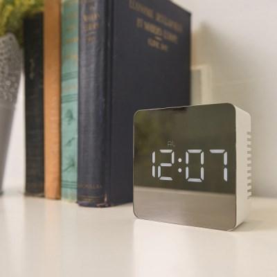 오리엔트 OT1590W 미러사각 LED 디지털시계 어댑터포함 OT1590