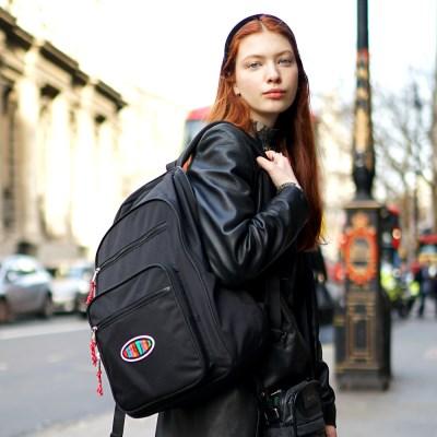 [위글위글] Funky Backpack 백팩-Black