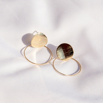 샤이링 무늬 동그라미 티타늄 귀걸이