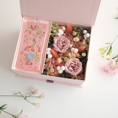 APPLE ROSE FLOWER BOX