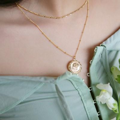 daisy locket necklace