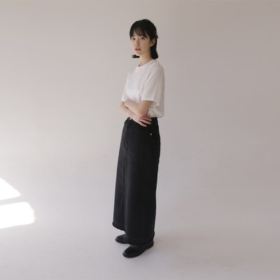 mile long denim skirt_(1191578)