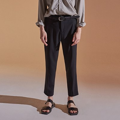 SEMI WIDE CROP SLACKS_BLACK