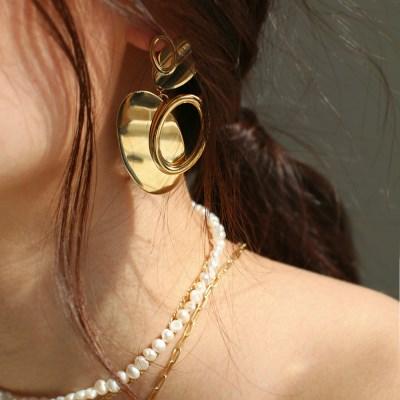 double heart motif earring