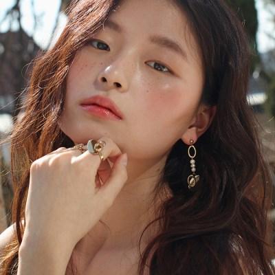 heart n pearls earring