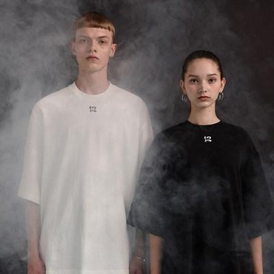 [디바이디그낙] 12 Embroidery T-Shirts BK