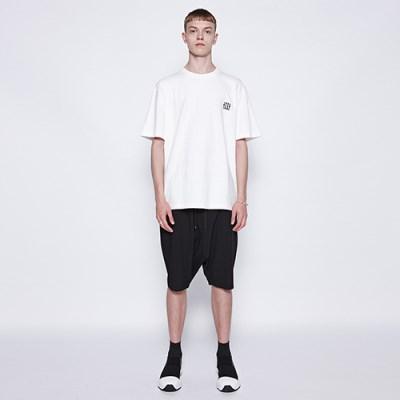 [디바이디그낙] String Baggy Shorts BK