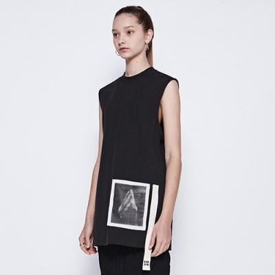 [디바이디그낙] Pray Sleeveless T-Shirts BK