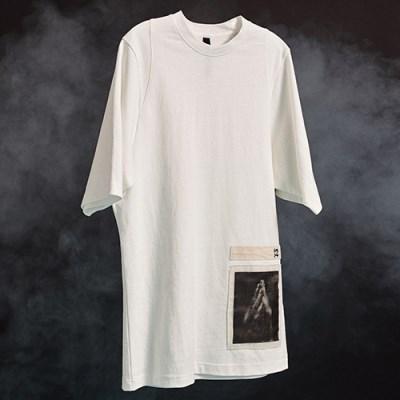 [디바이디그낙] Pray Patchwork T-Shirts WH