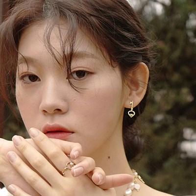 Alice Flower Pearl Earring