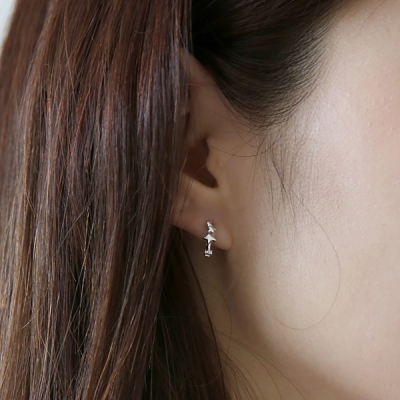 Silver tiny star earring (silver 925)