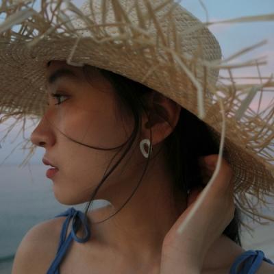 Aurora oval earrings