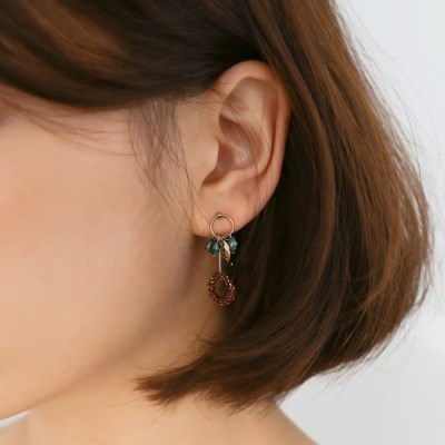 Flower beads earrings