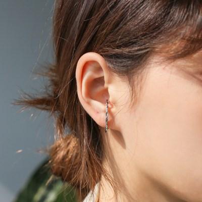 Unique twist earrings